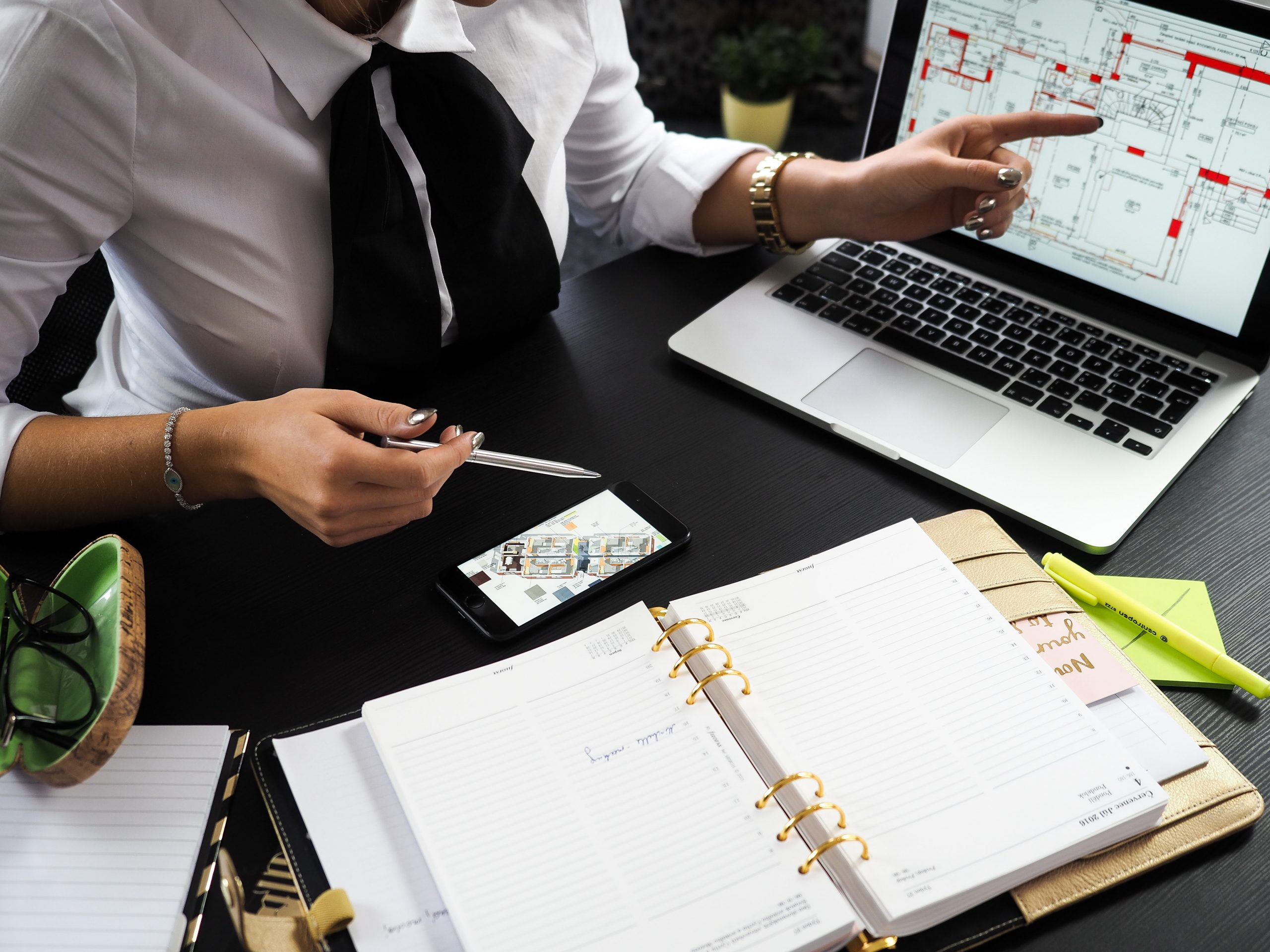 engineering consulting firm vs engineering partner firm